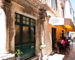 Mediteran Old Town Apartments