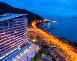 Island Skylight Resort
