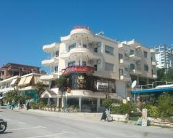 Hotel Lion Gate