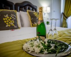 Chic & Town Luxury Rooms