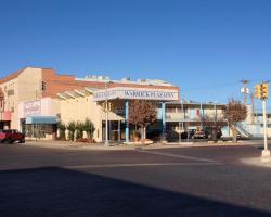 Warrick Plaza Inn