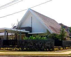 Rumah Kesemek 10