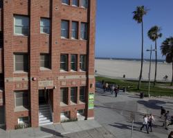 Venice Breeze Suites