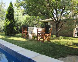 Viki's Romantic House