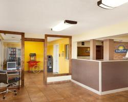 Days Inn by Wyndham Champaign/Urbana
