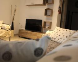Renny Apartment