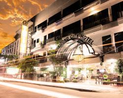 Diamond City Hotel