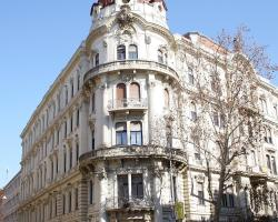 Budapest Central Apartments - Alkotmány