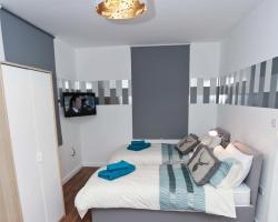 Budget Croydon High Street Studios