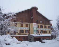 Hotel Bucaneve