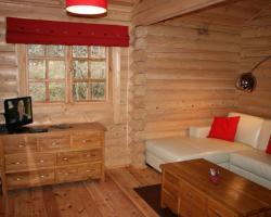 BCC Loch Ness Log Cabins