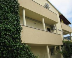 Apartments Glorija Rogoznica
