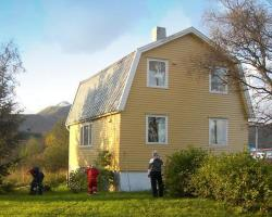 Four-Bedroom Holiday home in Risøyhamn