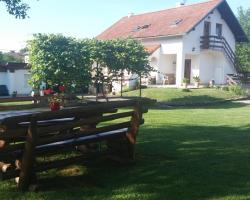 Guest House Family Dukić