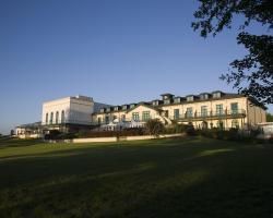 Vale Resort
