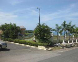 Bluefields Garden Villa