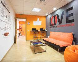 HolidaysBCN Hostel