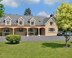 Muckross Lodge