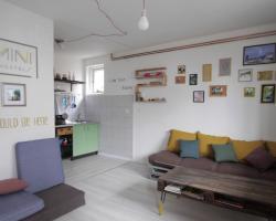 Mini Hostel