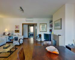 Feels Like Home - Restelo Flat with Terrace