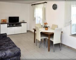 Apartments Sunny House