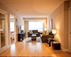 Red Maple Suites - Blue Jays Way