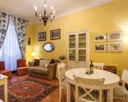 Temporary House - Via della Moscova