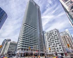 Mary-am Suites - Three Hundred Front Street West - Furnished Apartment