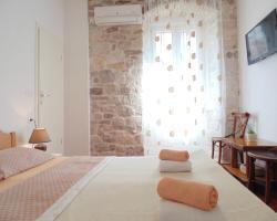 Rooms and Apartments Djanovic