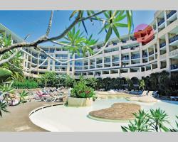 Cannes Beach 615