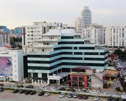 Sarissa Hotel