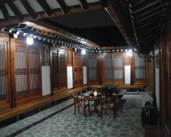Bibimbap Hanok Guesthouse Insadong