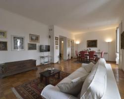 Sarfatti Halldis Apartment