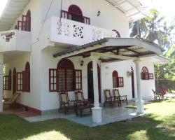 Raveena Home Stay Kumarakanda