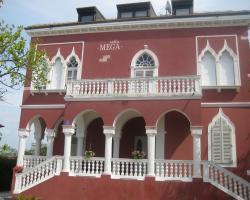 Villa Mega