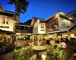 Silom Village Inn