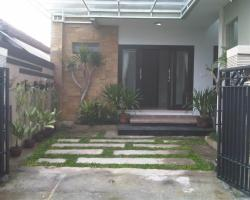 Sabeena Guest House Bali