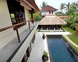 Sayang Estate