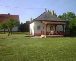 Villa Rózsika Balatonmáriafürdő