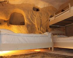 Stay In Peace Cave Hostel