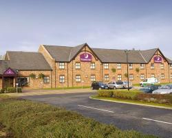 Premier Inn Wigan - M6, J25