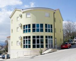 Apartments Slišković