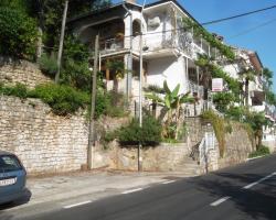 Apartments Edi