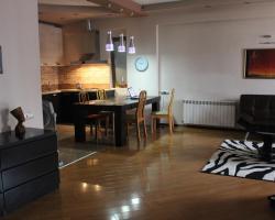 Apartment on Mirotadze