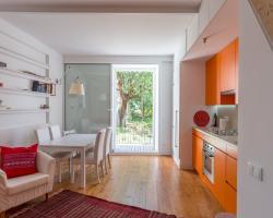 Feels Like Home - Castelo Charming Apartment