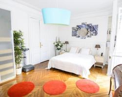 Luxurious Flat - 4 bedrooms Champs Elysées