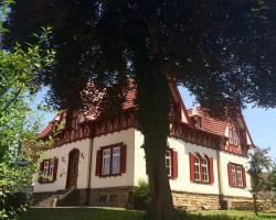 """Garni - Hotel """"Unsere Stadtvilla"""""""