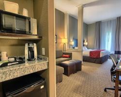 Comfort Suites Marietta-Parkersburg