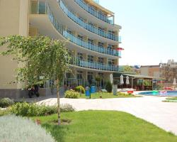 Julia Family Apartments