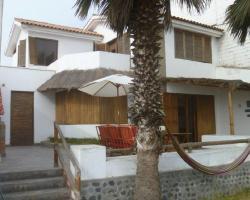 Mundaka Punta Hermosa Hostel